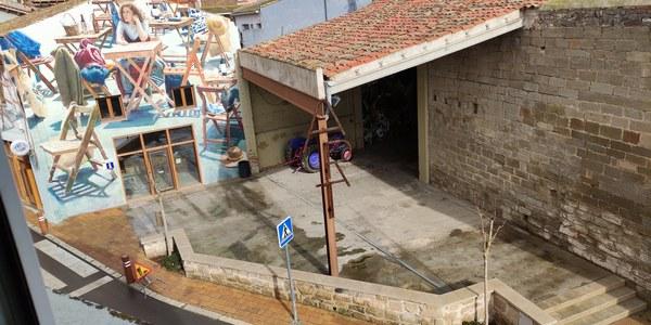 Arranjament del local de turisme i millora del paviment de la plaça de l'església
