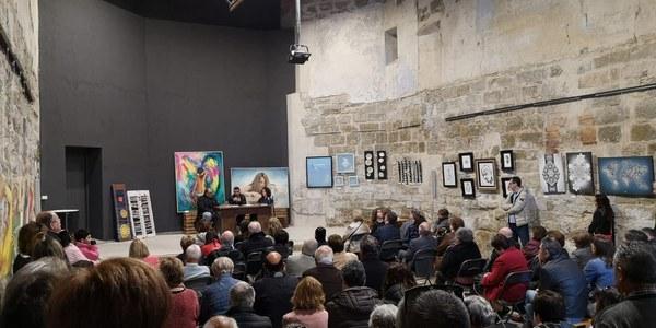 """Presentació del llibre """"Floriran Roselles"""" a l'Església Vella."""
